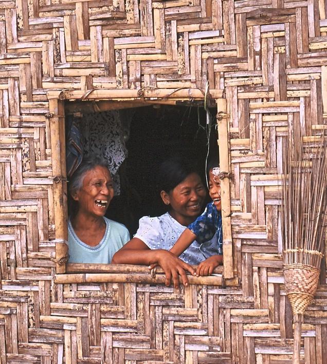 famiglia finestra palafitta